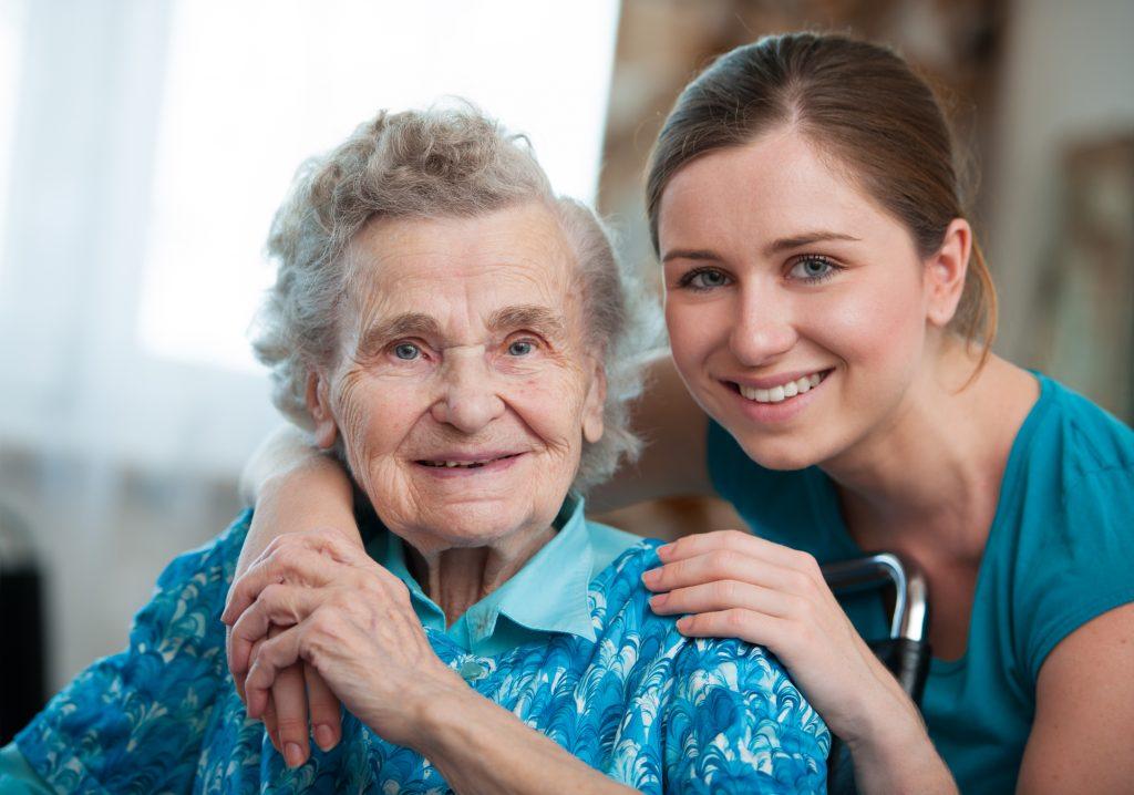 Az idősgondozás otthon kiemelten fontos a családok életében